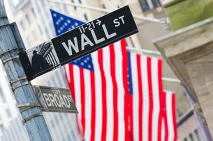 Wall street, New York, USA.の写真素材 [FYI00645568]