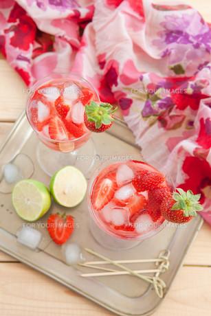 homemade strawberry punchの素材 [FYI00645715]