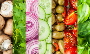Fresh vegetables in a colorful collage backgroundの写真素材 [FYI00645925]