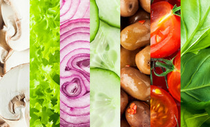 Fresh vegetables collage backgroundの写真素材 [FYI00645928]