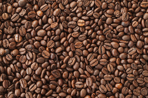 Roasted coffee beans, background textureの写真素材 [FYI00646112]
