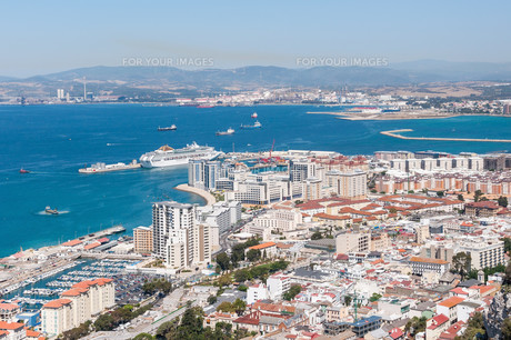 aerial view over city of gibraltarの素材 [FYI00647700]