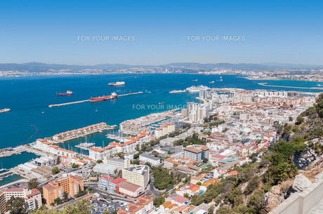 aerial view over city of gibraltarの素材 [FYI00647703]