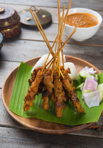 chicken satay popular asian dishの写真素材 [FYI00647744]