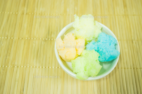 Thai style steamed cup cakeの写真素材 [FYI00647769]