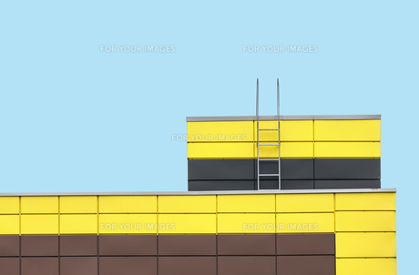 Abstract architecture on cyan color backgroundの素材 [FYI00648177]