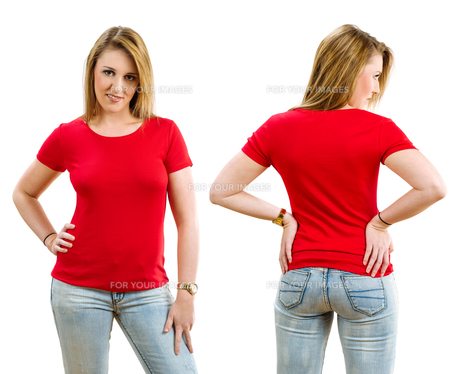 Happy blond woman wearing blank red shirtの写真素材 [FYI00648800]
