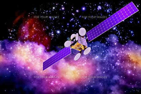artificial satellite against nebula's backgroundの写真素材 [FYI00648881]