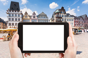 tourist photographs Market square in Trier Germanyの写真素材 [FYI00649050]