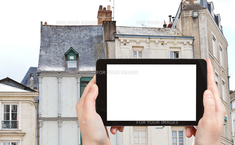 tourist photographs of facades of medieval housesの素材 [FYI00649114]