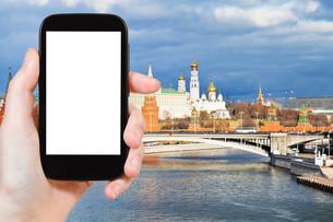 tourist photographs of Moscow Kremlin in autumnの素材 [FYI00649157]