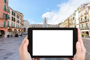 tourist photographs of Piazza dei Signori, Padovaの素材 [FYI00649174]
