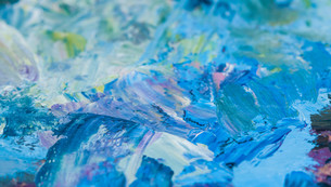 artist's palette with oil paintsの写真素材 [FYI00650535]