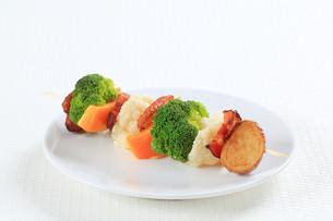 Vegetable skewerの写真素材 [FYI00650677]