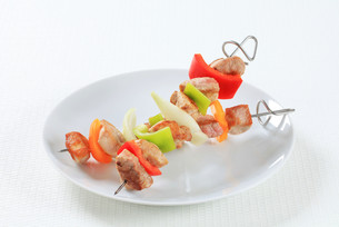 Two Shish kebabsの写真素材 [FYI00650700]