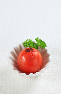 Lightly grilled tomatoの写真素材 [FYI00650708]