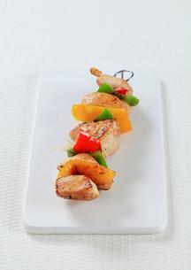 Chicken Shish kebabの写真素材 [FYI00650980]