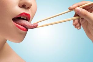The tasty tongue.の写真素材 [FYI00651915]