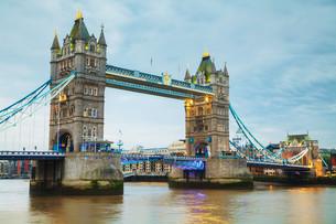 Tower bridge in London, Great Britainの写真素材 [FYI00652092]
