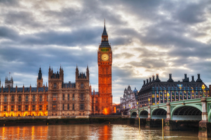 London with the Elizabeth Tower and Houses of Parliamentの写真素材 [FYI00652097]