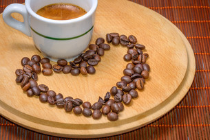 Coffee with seeds in cupの写真素材 [FYI00652976]