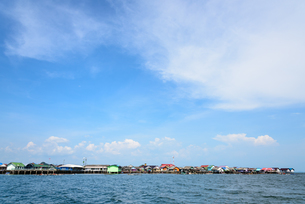 Fisherman village at Koh Panyee or Punyi island in summerの写真素材 [FYI00653115]