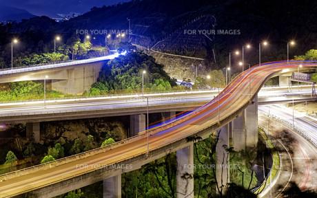 Evening traffic.の写真素材 [FYI00653203]