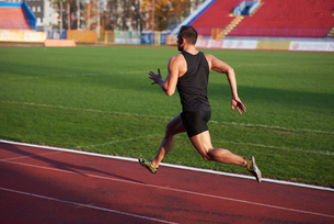 Athletic man startの素材 [FYI00655130]
