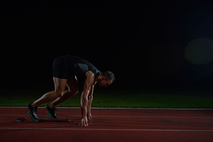 Athletic man startの写真素材 [FYI00656269]
