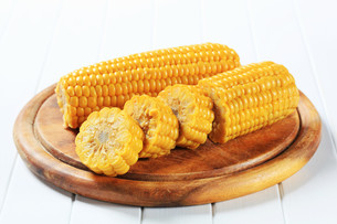 Corn on the cobの写真素材 [FYI00656547]