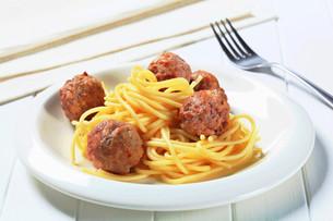 Meatballs and spaghettiの写真素材 [FYI00656595]