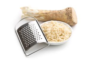 grated horseradish rootの写真素材 [FYI00656626]