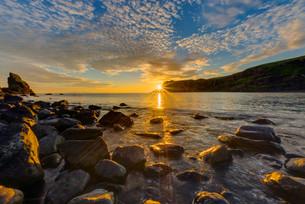 sunrise_sunsetの写真素材 [FYI00656643]