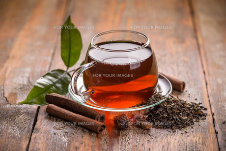 Glass cup of teaの素材 [FYI00657427]