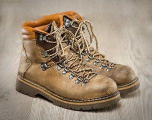 Mens working or hiking boots in vintage lookの素材 [FYI00657655]