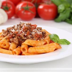 italian food penne rigate bolognese sauce pasta pasta dishの写真素材 [FYI00657881]