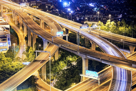 Highway trafficの写真素材 [FYI00657929]