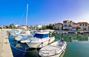 Dalmatian village of Diklo waterfront viewの写真素材 [FYI00658079]
