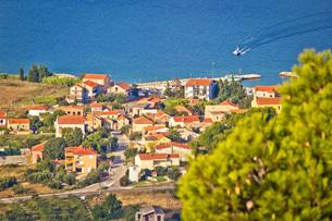 Coastal village on Island of Pasmanの写真素材 [FYI00658081]