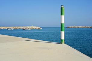 Pole on the pierの写真素材 [FYI00658160]