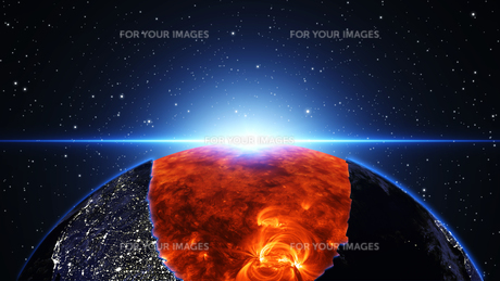 Earth burning or exploding after a global disaster, Apocalypse asteroid impact globe.の写真素材 [FYI00658459]