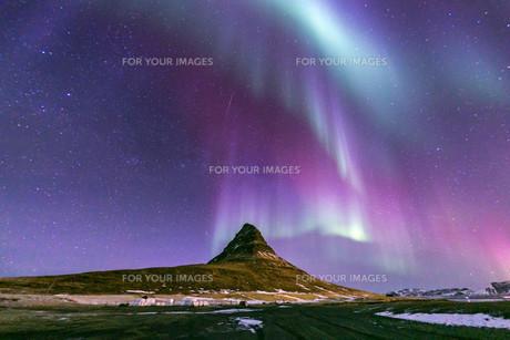 Northern Light Aurora Icelandの写真素材 [FYI00658715]