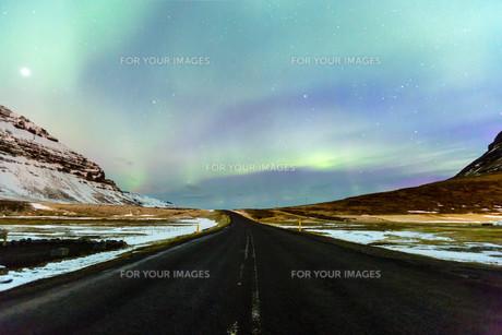 Northern Light Aurora borealis Icelandの写真素材 [FYI00658723]