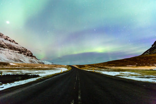 Northern Light Aurora borealis Icelandの写真素材 [FYI00658723]