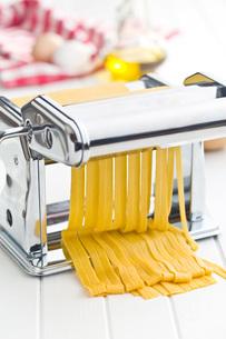 pasta machineの写真素材 [FYI00659085]