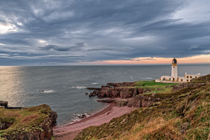 lighthouse in scotland - on the beach of rua reidhの写真素材 [FYI00660105]