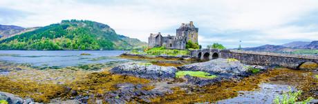 Eilean Donan Castle in Scotland, UKの写真素材 [FYI00660600]