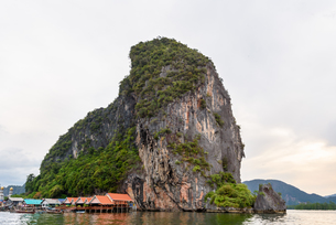 Koh Panyee or Punyi island village is floatingの写真素材 [FYI00660709]