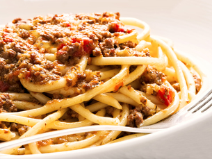 rustic italian spaghetti bologneseの写真素材 [FYI00661380]