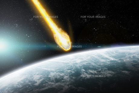 Meteorite impact on a planet in spaceの写真素材 [FYI00662016]